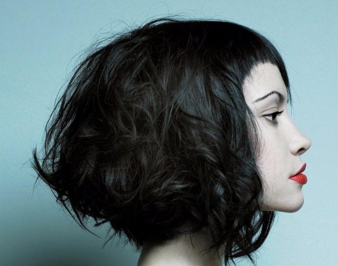 фото пример стрижки для пушистых волос