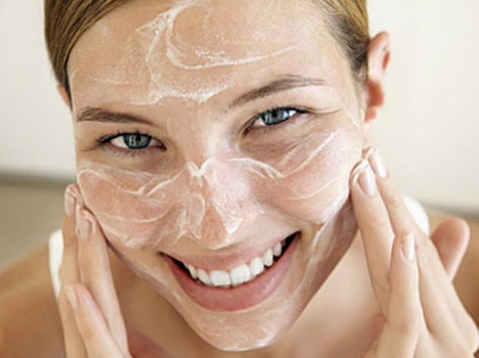 Чистка и уход за кожей в домашних условиях