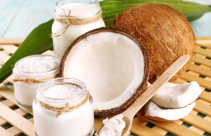 Работающие рецепты масок для лица из кокосового масла